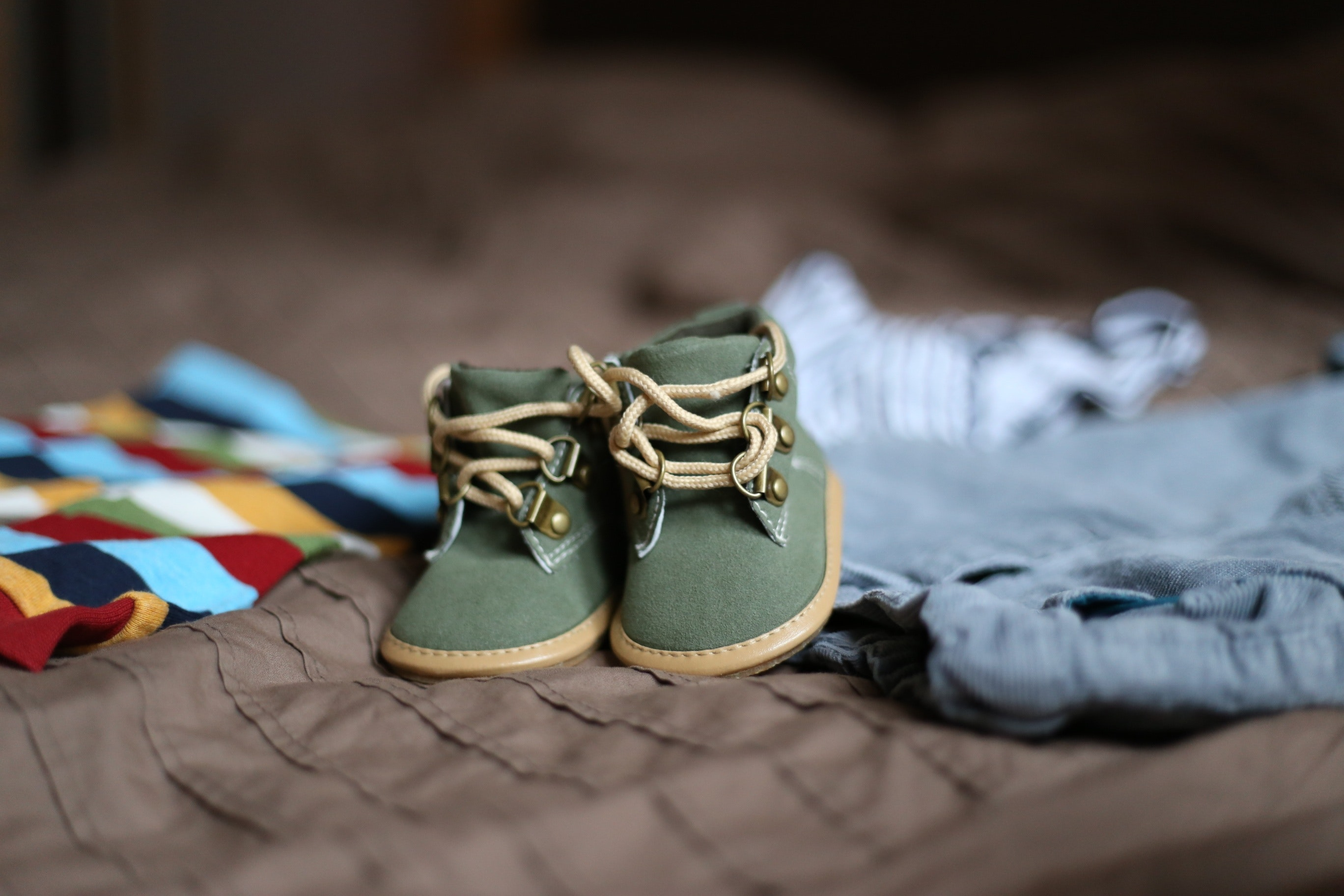shoes-child-clothing-pregnancy-47220